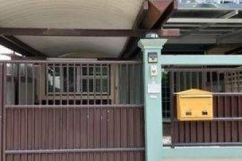 ให้เช่าทาวน์เฮ้าส์ 3 ห้องนอน ใน วังทองหลาง, วังทองหลาง ใกล้  MRT มหาดไทย