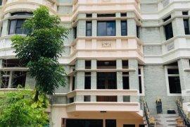 ให้เช่าทาวน์เฮ้าส์ ชิชา คาสเซิล  4 ห้องนอน ใน คลองตันเหนือ, วัฒนา ใกล้  MRT เพชรบุรี