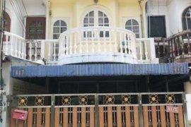 ให้เช่าทาวน์เฮ้าส์ 3 ห้องนอน ใน ห้วยขวาง, ห้วยขวาง ใกล้  MRT ห้วยขวาง