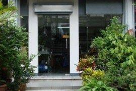 ให้เช่าทาวน์เฮ้าส์ 4 ห้องนอน ใน ห้วยขวาง, ห้วยขวาง ใกล้  MRT ห้วยขวาง