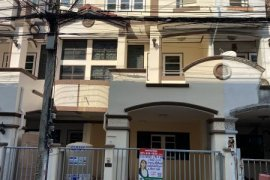 ขายทาวน์เฮ้าส์ ซื่อตรง การ์เด้น  4 ห้องนอน ใน ไทรม้า, เมืองนนทบุรี ใกล้  MRT ไทรม้า