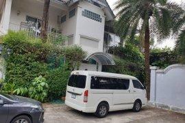 ให้เช่าบ้าน 5 ห้องนอน ใน บางตลาด, ปากเกร็ด ใกล้  Airport Rail Link บ้านทับช้าง