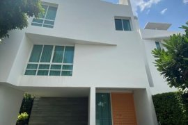 ขายหรือให้เช่าบ้าน เดอะ ทรี สาทร  4 ห้องนอน ใน ช่องนนทรี, ยานนาวา ใกล้  MRT คลองเตย