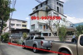 ขายเชิงพาณิชย์ 3 ห้องนอน ใน ลาดพร้าว, ลาดพร้าว ใกล้  MRT โชคชัย 4