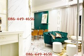 6 Bedroom House for sale in Khlong Tan Nuea, Bangkok near BTS Thong Lo