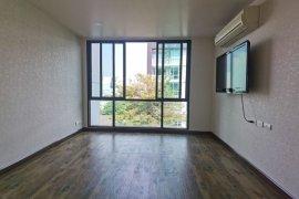 ขายคอนโด ดี 65  2 ห้องนอน ใน พระโขนงเหนือ, วัฒนา ใกล้  BTS เอกมัย