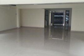 Office for rent in Lat Phrao, Bangkok