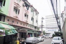 ขายอาคารพาณิชย์ บ้านพูนสินธานี 3  3 ห้องนอน ใน คลองสองต้นนุ่น, ลาดกระบัง