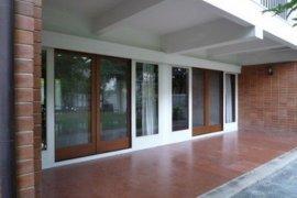ให้เช่าบ้าน 3 ห้องนอน ใน ถนนเพชรบุรี, ราชเทวี