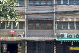 ให้เช่าอาคารพาณิชย์ ใน ลาดพร้าว, กรุงเทพ