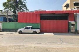 ขายหรือให้เช่าโกดัง / โรงงาน 4 ห้องนอน ใน ไทรน้อย, นนทบุรี