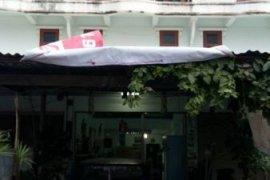 ขายหรือให้เช่าอาคารพาณิชย์ 2 ห้องนอน ใน เมืองลพบุรี, ลพบุรี