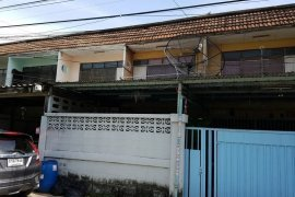 ขายทาวน์เฮ้าส์ ใน บางลำภูล่าง, คลองสาน ใกล้  BTS กรุงธนบุรี