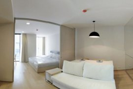 ให้เช่าคอนโด ลิฟ แอท 49  1 ห้องนอน ใน คลองตันเหนือ, วัฒนา ใกล้  BTS ทองหล่อ