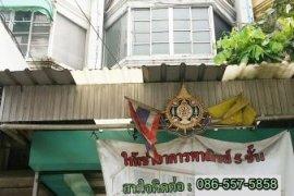 ให้เช่าอาคารพาณิชย์ 1 ห้องนอน ใน บางกระสอ, เมืองนนทบุรี ใกล้  MRT ศูนย์ราชการนนทบุรี