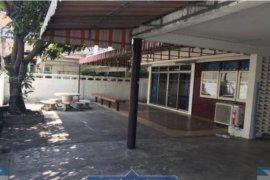 ให้เช่าบ้าน 5 ห้องนอน ใน ดินแดง, ดินแดง ใกล้  MRT สุทธิสาร