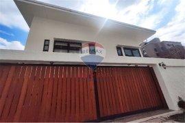 ขายบ้าน 4 ห้องนอน ใน คลองเตย, กรุงเทพ ใกล้  MRT ศูนย์การประชุมแห่งชาติสิริกิติ์