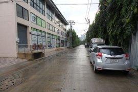ให้เช่าโกดัง / โรงงาน ใน ห้วยขวาง, ห้วยขวาง ใกล้  MRT ศูนย์วัฒนธรรมแห่งประเทศไทย