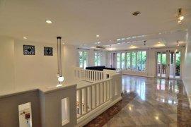 ขายหรือให้เช่าทาวน์เฮ้าส์ Villa 49 Townhouse  3 ห้องนอน ใน คลองตัน, คลองเตย ใกล้  BTS ทองหล่อ