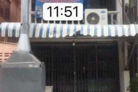 ให้เช่าทาวน์เฮ้าส์ 2 ห้องนอน ใน บางรักพัฒนา, บางบัวทอง ใกล้  MRT ตลาดบางใหญ่