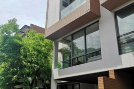 ให้เช่าบ้าน 3 ห้องนอน ใน ช่องนนทรี, ยานนาวา