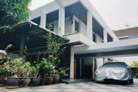ขายบ้าน บ้านสุขุมวิท 27  3 ห้องนอน ใน คลองเตยเหนือ, วัฒนา ใกล้  MRT สุขุมวิท