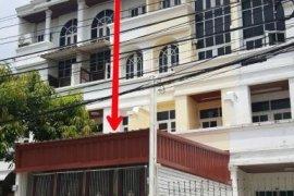 ขายทาวน์เฮ้าส์ 6 ห้องนอน ใน อรุณอมรินทร์, บางกอกน้อย ใกล้  MRT บางขุนนนท์