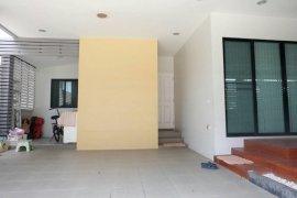 ขายหรือให้เช่าบ้าน บ้านสถาพร รังสิต คลอง 3  3 ห้องนอน ใน บึงยี่โถ, ธัญบุรี