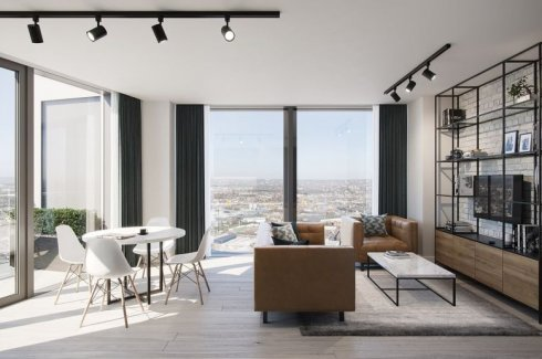 2 Bedroom Condo for sale in One West Point, London, England