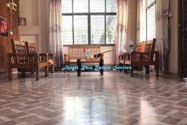 6 အိပ္ခန္းမ်ား အိမ္ ေရာင္းရန္ အတြင္း Yangon