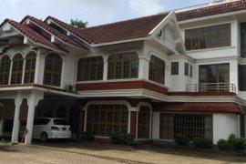 5 အိပ္ခန္းမ်ား villa ငွားရန္ အတြင္း Kamayut, Yangon