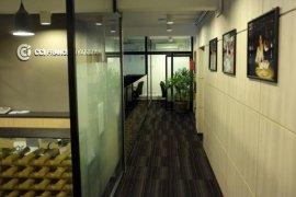 7 အိပ္ခန္းမ်ား office ငွားရန္ အတြင္း Parkside One