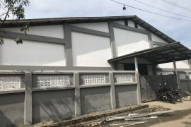 Warehouse / Factory ရောင်းချခြင်းသို့မဟုတ်ငှား အတြင္း Bwet Kyi, Yangon