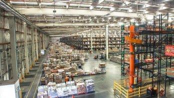 Center Warehouse