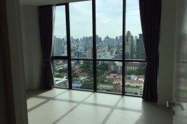 2 ห้องนอน คอนโดมิเนียม สำหรับขาย ใน อัพ เอกมัย ใกล้  BTS ทองหล่อ