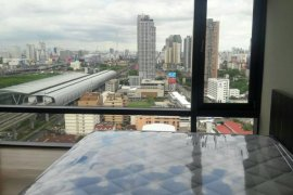 2 ห้องนอน คอนโดมิเนียม สำหรับขาย ใน เซอร์เคิล ลิฟวิ่ง โปรโตไทพ์ ใกล้  MRT เพชรบุรี