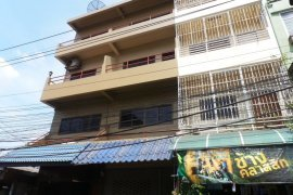 4 ห้องนอน อาคารพาณิชย์ สำหรับขาย ใกล้  MRTA แยกนนทบุรี 1