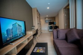 1 ห้องนอน เซอร์วิส อพาร์ทเม้นท์ สำหรับเช่า ใน Ten Ekamai Suites ใกล้  BTS เอกมัย