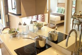 2 ห้องนอน คอนโดมิเนียม สำหรับขาย ใน ดาวน์ทาวน์ 49 ใกล้ BTS ทองหล่อ