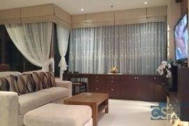 2 ห้องนอน คอนโดมิเนียม สำหรับขายหรือเช่า ใน ดิ เอ็มโพริโอ เพลส ใกล้  BTS พร้อมพงษ์