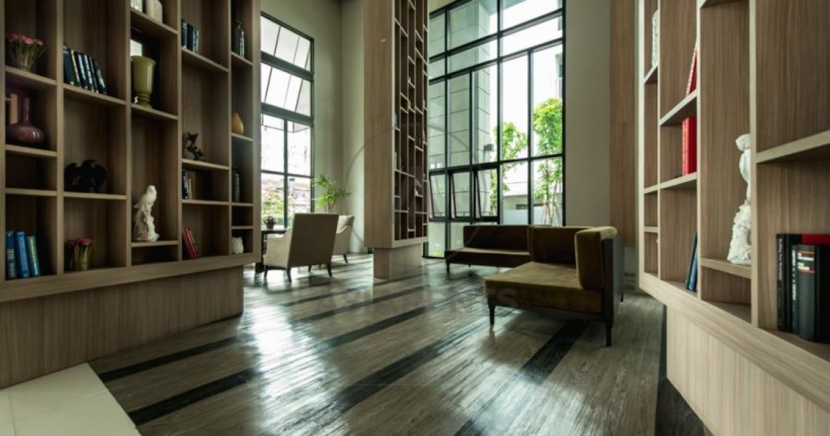 bed condo for rent in khlong tan khlong toei 40 000 1667065
