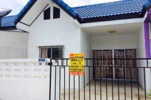 2 ห้องนอน ทาวน์เฮ้าส์ สำหรับขาย ใน บ้านบึง, ชลบุรี