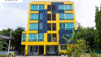 บางกอก เฮ้าส์ อพาร์ทเม้นท์(Bangkok House Apartment)