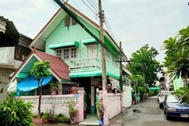 2 ห้องนอน บ้าน สำหรับขาย ใกล้  MRT บางซื่อ