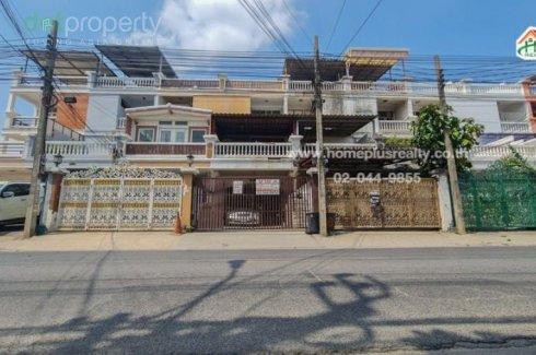 ขายทาวน์เฮ้าส์ 6 ห้องนอน ใน ท่าแร้ง, บางเขน ใกล้  MRT วัชรพล