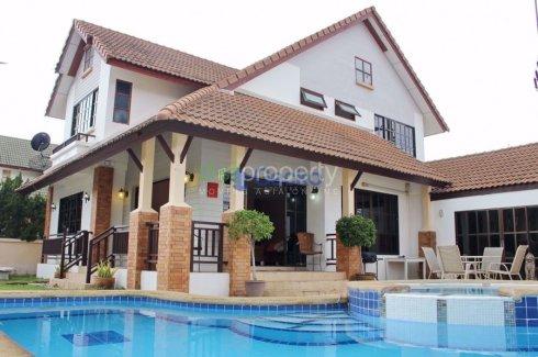 ให้เช่าบ้าน Central Park 4  4 ห้องนอน ใน ชลบุรี