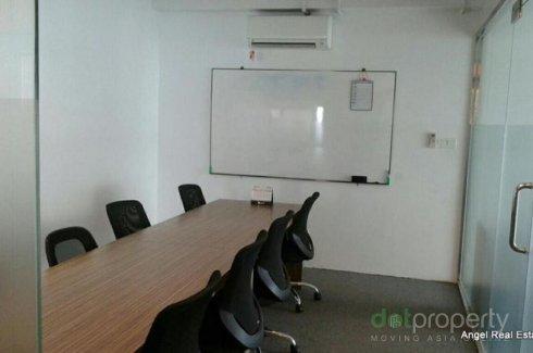 4 အိပ္ခန္းမ်ား Office ငွားရန္ အတြင္း Yangon